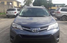Need to sell used 2014 Toyota RAV4 automatic at cheap price
