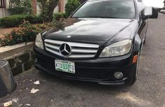 Selling 2008 Mercedes-Benz C300 automatic at price ₦2,500,000