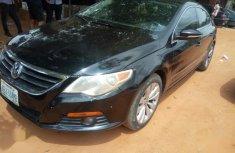 Sell well kept black 2009 Volkswagen Passat sedan automatic in Abuja