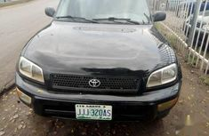 Well maintained 2000 Toyota RAV4 for sale at price ₦800,000 in Lagos