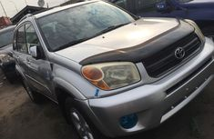 Well maintained 2005 Toyota RAV4 automatic for sale at price ₦2,500,000