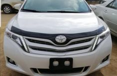 Used 2015 Toyota Venza car at attractive price in Lagos