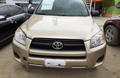 Need to sell used 2011 Toyota RAV4 automatic at cheap price