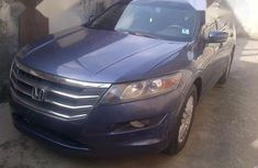 Need to sell high quality 2012 Honda Accord CrossTour sedan automatic at price ₦4,100,000