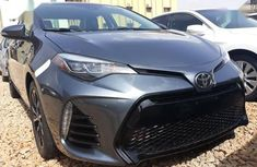 Selling 2017 Toyota Corolla sedan automatic in Kaduna