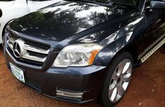 Selling 2010 Mercedes-Benz GLK-Class automatic