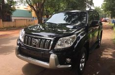 Need to sell black 2012 Toyota Land Cruiser Prado suv at price ₦6,300,000