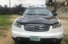 Selling 2007 Infiniti FX automatic at mileage 86,584
