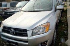 Sell well kept 2009 Toyota RAV4 at mileage 75,000