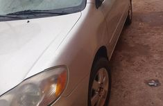 Toyota Corolla 2004 LE Silver color for sale