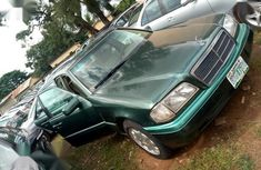 Sell well kept 2000 Mercedes-Benz C200 sedan automatic in Kaduna