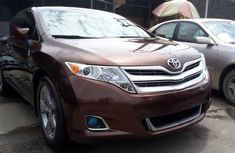 Selling 2014 Toyota Venza automatic at price ₦5,500,000
