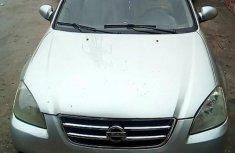 Sell used 2002 Nissan Altima sedan automatic