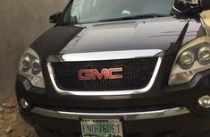 Selling 2008 GMC Acadia automatic