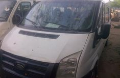 Need to sell cheap used 2006 Ford Transit van in Lagos