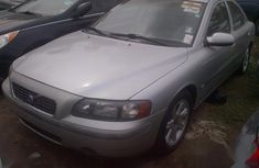 Need to sell grey 2002 Volvo S80 sedan at price ₦1,350,000