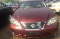 Sell well kept 2008 Lexus ES at mileage 65,321 in Warri