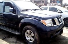 Sell blue 2006 Nissan Pathfinder automatic at price ₦673,229