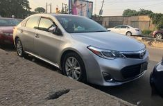Need to sell used grey/silver 2013 Toyota Avalon automatic at cheap price