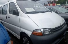 Need to sell white 2000 Toyota HiAce at price ₦3,000,000 in Lagos