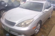 Sell cheap grey 2005 Lexus ES sedan automatic in Lagos