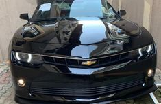 Need to sell used black 2015 Chevrolet Camaro automatic at cheap price