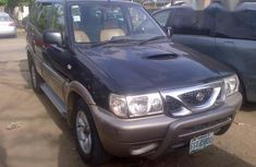 Need to sell cheap used 2004 Nissan Terrano suv in Lagos