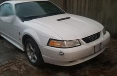Selling authentic 2002 Ford Mustang in Lagos