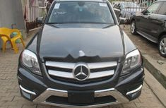Sell grey/silver 2013 Mercedes-Benz GLK automatic in Lagos