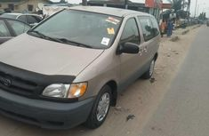 Gold 2003 Toyota Sienna automatic at mileage 0 for sale