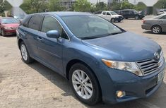 Need to sell high quality blue 2012 Toyota Venza automatic