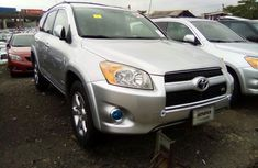 Foreign Used Toyota RAV4 2010 Model Silver for Sale