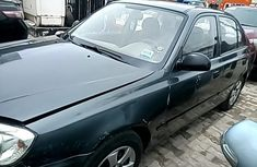 Sell used grey 2005 Hyundai Accent sedan automatic in Lagos