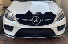 Need to sell used 2016 Mercedes-Benz GLE in Lagos at cheap price