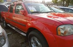 Need to sell high quality red 2004 Nissan Frontier pickup automatic in Lagos