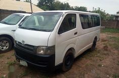 Need to sell cheap used 2007 Toyota HiAce van in Ilorin