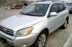 Well maintained grey2006 Toyota RAV4 automatic for sale in Ibadan