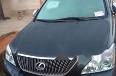 Sell green 2005 Lexus RX in Lagos at cheap price