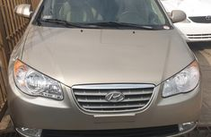 Sell well kept gold 2007 Hyundai Elantra automatic at mileage 92,000