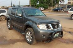 Sell used grey/silver 2008 Nissan Pathfinder suv / crossover at cheap price