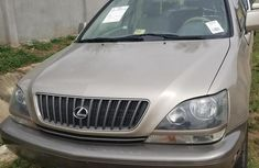 Selling 1999 Lexus RX automatic in good condition