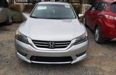 Selling grey/silver 2013 Honda Accord at cheap price