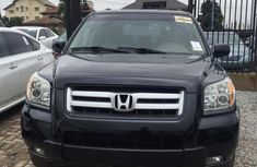 Well maintained black 2006 Honda Pilot automatic for sale at price ₦2,200,000