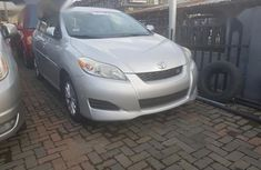Sell grey 2009 Toyota Matrix in Lagos at cheap price