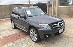 Selling 2010 Mercedes-Benz GLK-Class suv automatic in Abeokuta