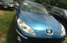 Need to sell cheap used blue 2004 Peugeot 407 at mileage 102,580