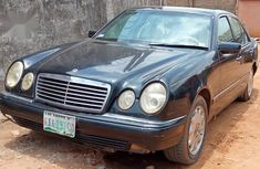Selling 1996 Mercedes-Benz E320 in good condition at mileage 134,000
