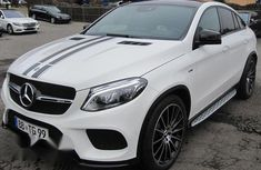 Sell well kept 2018 Mercedes-Benz GLE sedan automatic at mileage 11,000