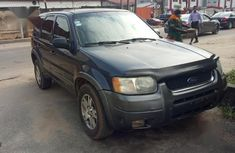 Well maintained 2004 Ford Escape for sale in Lagos