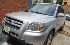 Need to sell high quality 2006 Honda Pilot at mileage 87,065 in Ikeja